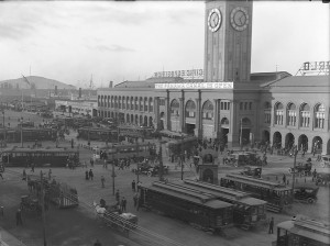 SF-Electric-Railway-Ferry-Building-Sept1914-300x224