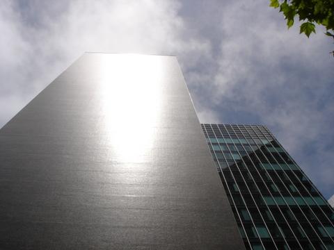 San Francisco Building - Power Plant of the Future (Image © Tony Seba)